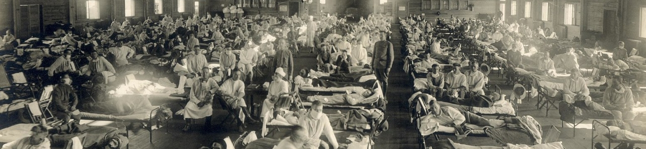 1599px-Emergency_hospital_during_Influenza_epidemic,_Camp_Funston,_Kansas_-_NCP_1603